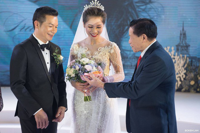 Cận cảnh đám cưới kỳ công xanh màu đại dương của Shark Hưng và cô dâu Á hậu - Ảnh 16.