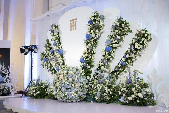 Cận cảnh đám cưới kỳ công xanh màu đại dương của Shark Hưng và cô dâu Á hậu - Ảnh 26.