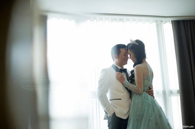 Cận cảnh đám cưới kỳ công xanh màu đại dương của Shark Hưng và cô dâu Á hậu - Ảnh 37.