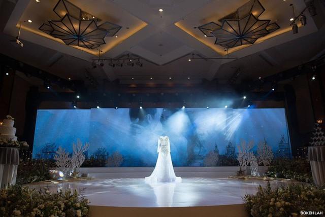 Cận cảnh đám cưới kỳ công xanh màu đại dương của Shark Hưng và cô dâu Á hậu - Ảnh 9.