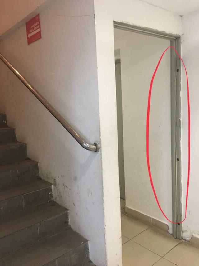 Hà Nội: Cư dân chung cư Hei Tower căng băng rôn phản ánh Trill Group vi phạm an toàn cháy nổ, chủ nhà hàng nói gì? - Ảnh 2.