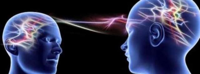 Thực hư về mối liên kết thần giao cách cảm kỳ lạ của các cặp song sinh - Ảnh 1.