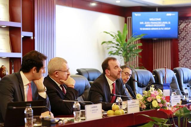 FLC và Airbus đạt được thoả thuận 3 tỷ USD mua 24 máy bay cho Bamboo Airways - Ảnh 1.