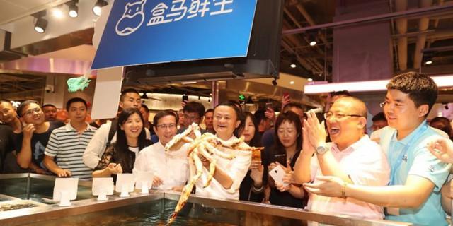 """Jack Ma tham vọng nắm người tiêu dùng """"trong lòng bàn tay"""" nhờ công nghệ và mô hình bán lẻ một vàih mạng: New Retail - Ảnh 5."""