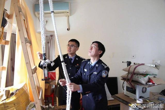 Băng nhóm buôn lậu hi-tech chơi cả drone để chuyển iPhone ở Trung Quốc vừa bị tóm gọn - Ảnh 1.