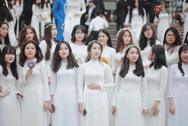 38% học sinh lớp 9 ở Hà Nội sẽ không có cơ hội vào lớp 10 các trường THPT công lập - Ảnh 1.