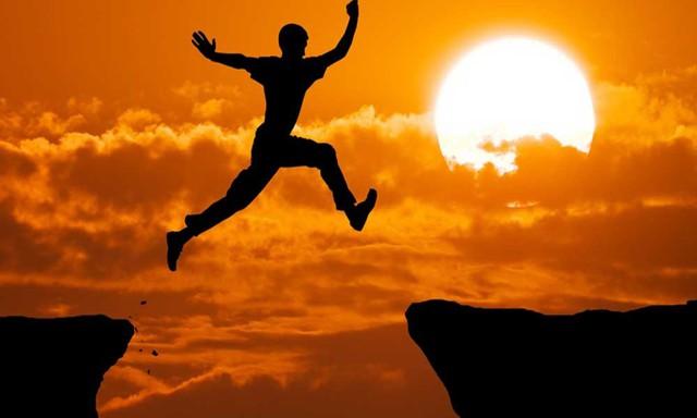 Tương lai bạn thành công và giàu có hay không, nhìn vào 10 thói quen hàng ngày này là thấy rõ sự khác biệt - Ảnh 3.