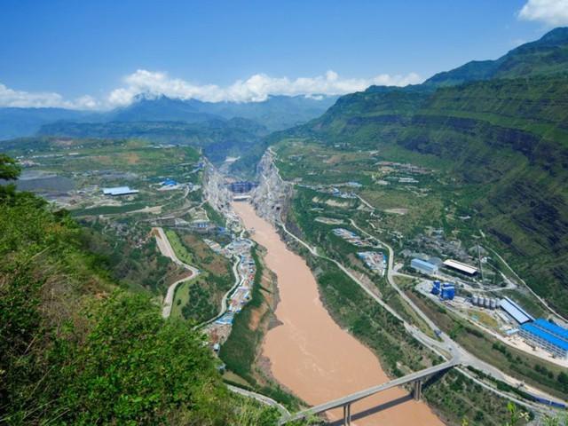 Những siêu dự án khổng lồ cho thấy người Trung Quốc quả là bậc thầy xây dựng khiến cả thế giới phải nể phục - Ảnh 23.