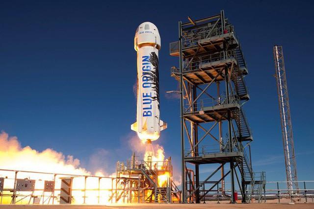 Tỷ phú giàu nhất thế giới Jeff Bezos tiết lộ cách chi tiêu số tiền khổng lồ của mình - Ảnh 1.
