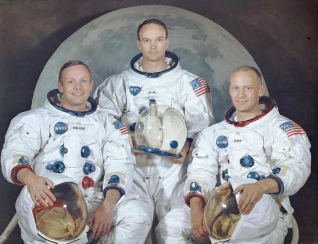 Bức điếu văn chưa bao giờ được tiết lộ trong câu chuyện tàu Apollo 11 huyền thoại hạ cánh xuống mặt trăng - Ảnh 2.