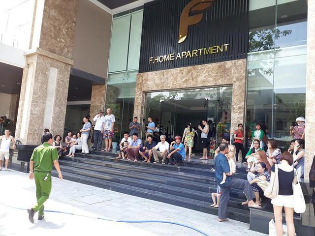 Cháy chung cư cao cấp ở Đà Nẵng, người dân hoảng hốt chạy thoát thân - Ảnh 3.