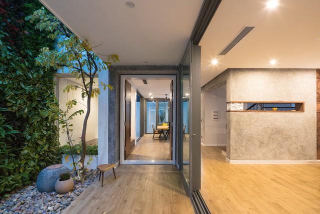 Ngôi nhà mọi không gian đều xanh, sạch, đẹp đến đáng ước ao ở khu đô thị đắt đỏ nhất nhì Hà Nội - Ảnh 1.