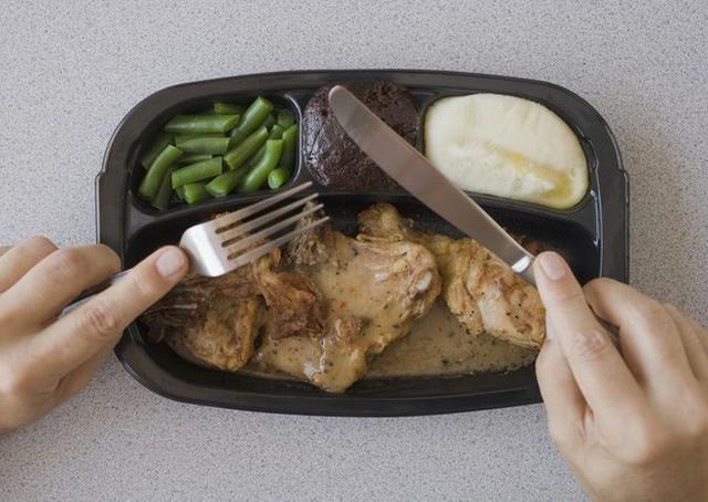 Thực phẩm chế biến sẵn sẽ là cứu tinh của nhân loại - Ảnh 2.
