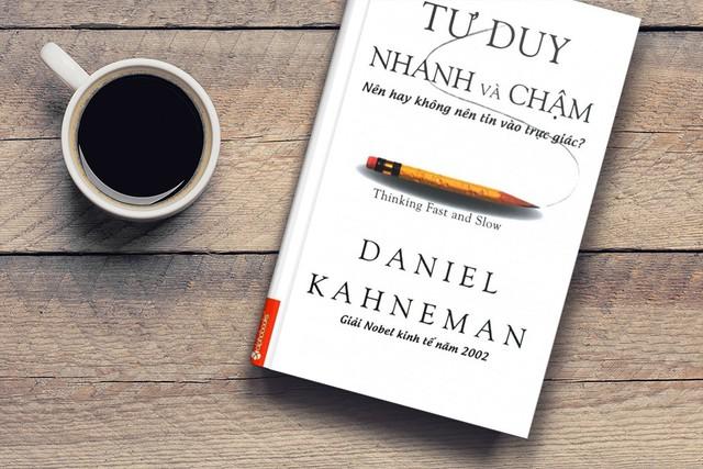 8 quyển sách tâm lí nổi tiếng giúp bạn vừa hiểu rõ bản thân, vừa dễ dàng đọc vị người đối diện - Ảnh 4.