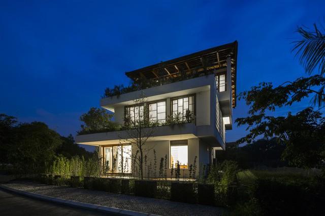 Độc đáo ngôi nhà với nhiều cửa của người Việt trên báo Mỹ - Ảnh 10.