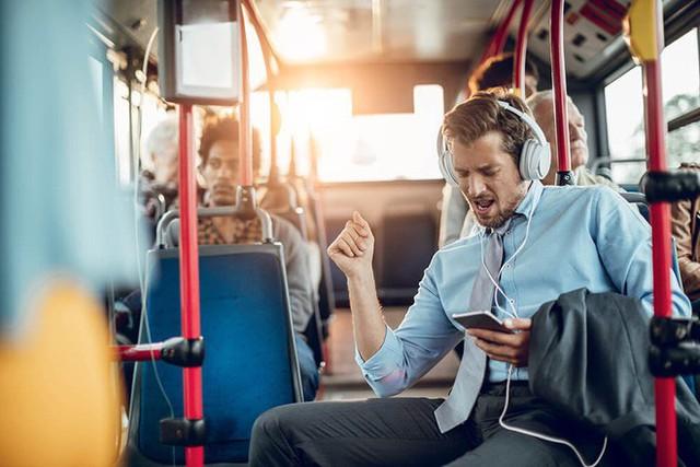 Tác dụng kì diệu của âm nhạc đối với sức khỏe con người - Ảnh 2.