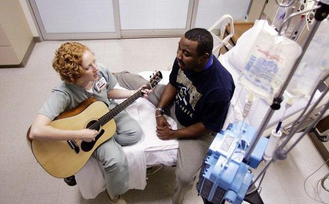 Tác dụng kì diệu của âm nhạc đối với sức khỏe con người - Ảnh 3.