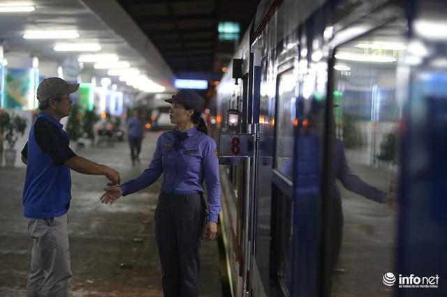 Cận cảnh toa tàu thế hệ 3 chất lượng cao vừa được ngành đường sắt đưa vào hoạt động - Ảnh 11.
