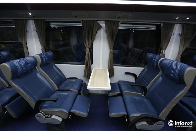 Cận cảnh toa tàu thế hệ 3 chất lượng cao vừa được ngành đường sắt đưa vào hoạt động - Ảnh 10.
