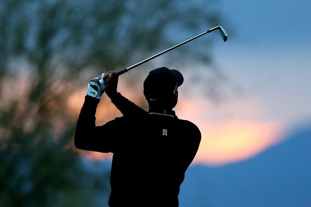 Đã là người hâm mộ golf, chắc chắn không thể quên được những khoảnh khắc đẹp ngút trời của Tiger Woods trong từng mùa giải - Ảnh 18.