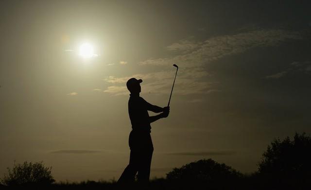 Đã là người hâm mộ golf, chắc chắn không thể quên được những khoảnh khắc đẹp ngút trời của Tiger Woods trong từng mùa giải - Ảnh 19.