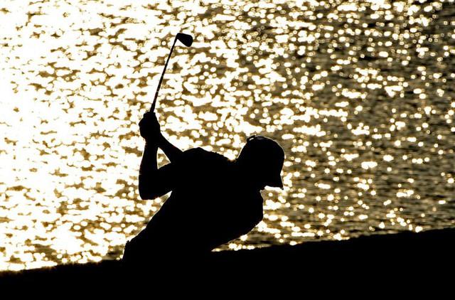 Đã là người hâm mộ golf, chắc chắn không thể quên được những khoảnh khắc đẹp ngút trời của Tiger Woods trong từng mùa giải - Ảnh 26.
