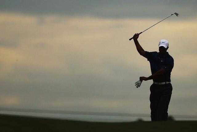 Đã là người hâm mộ golf, chắc chắn không thể quên được những khoảnh khắc đẹp ngút trời của Tiger Woods trong từng mùa giải - Ảnh 36.