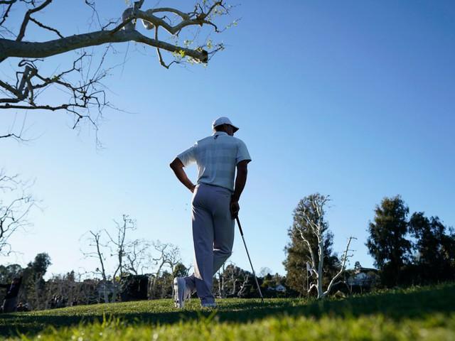 Đã là người hâm mộ golf, chắc chắn không thể quên được những khoảnh khắc đẹp ngút trời của Tiger Woods trong từng mùa giải - Ảnh 3.
