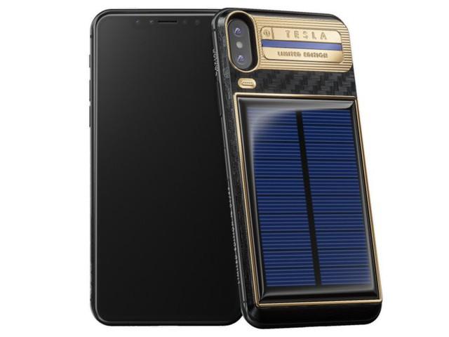 Chiếc iPhone X mạ vàng đắt nhất thế giới dành cho Elon Musk với kiểu dáng vô cùng kì quặc - Ảnh 1.