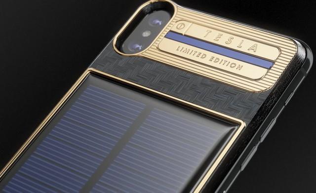 Chiếc iPhone X mạ vàng đắt nhất thế giới dành cho Elon Musk với kiểu dáng vô cùng kì quặc - Ảnh 2.