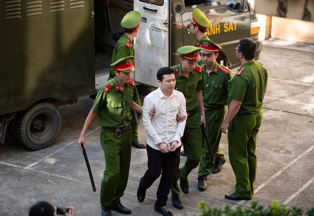 Bác sĩ bị toà không cho nói trong phiên xử Hoàng Công Lương tiết lộ những chuyện chấn động về ngành Y - Ảnh 13.
