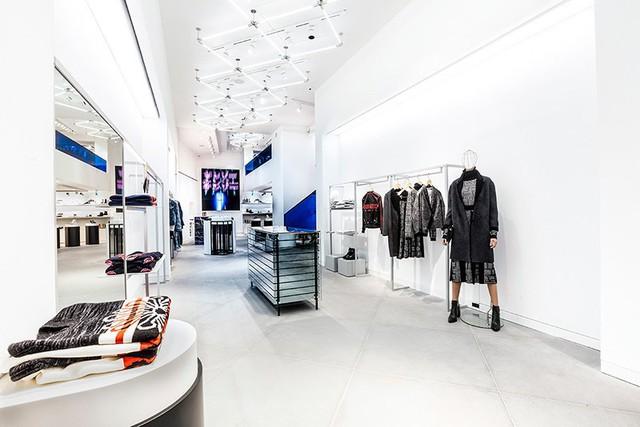Bí quyết thành công của Bernard Arnault - ông trùm của những thương hiệu thời trang xa xỉ giàu nhất châu Âu - Ảnh 3.