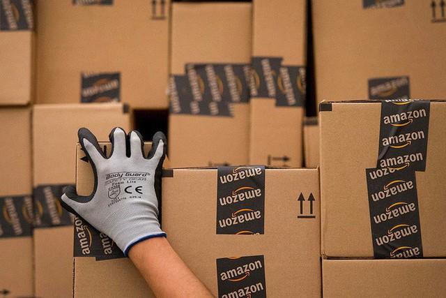 Amazon thẳng tay khóa lâu dài tài khoản của bạn vì trả lại sản phẩm quá nhiều lần - Ảnh 1.