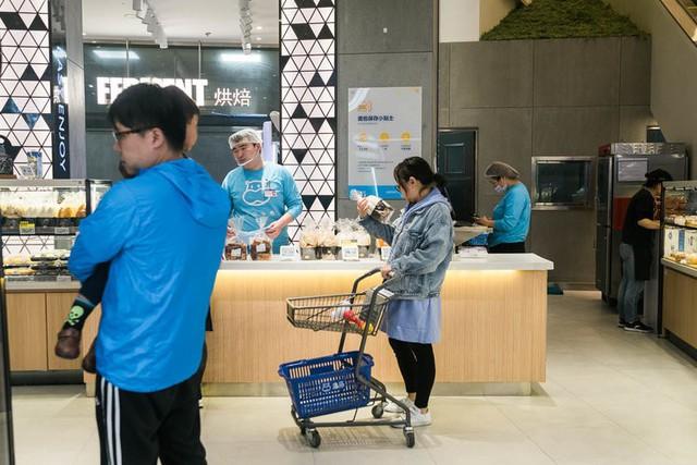 Siêu thị tương lai của Alibaba tại Trung Quốc đã vượt xa nước Mỹ: Giao hàng trong 30 phút, thanh toán qua nhân diện khuôn mặt - Ảnh 24.