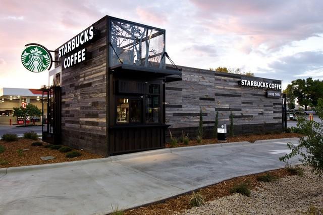 """[Case Study] Đánh mất linh hồn sang chảnh và bị đại trà hóa, Starbucks """"tự kiểm điểm"""" bằng cách đóng 600 shop và sa thải đồng loạt 12.000 nhân viên - Ảnh 4."""