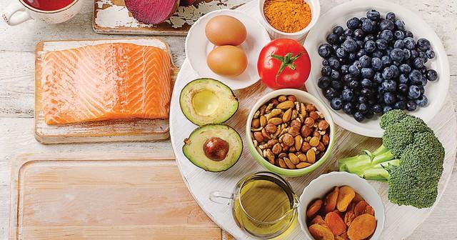 Bằng chứng khoa học cho thấy đây là chế độ ăn tốt nhất cho cơ thể và bộ não và cùng túi tiền của bạn - Ảnh 1.