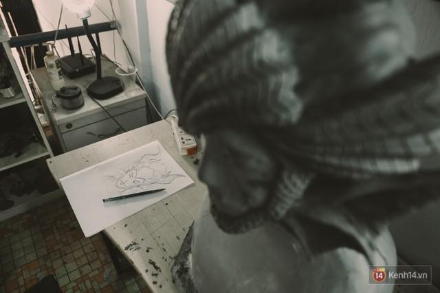 Ghé thăm lò chế tạo mô hình quái vật kinh dị như trong phim Hollywood của nhóm bạn trẻ ở Sài Gòn - Ảnh 3.