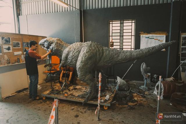 Ghé thăm lò chế tạo mô hình quái vật kinh dị như trong phim Hollywood của nhóm bạn trẻ ở Sài Gòn - Ảnh 14.