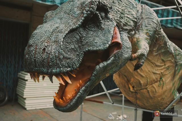 Ghé thăm lò chế tạo mô hình quái vật kinh dị như trong phim Hollywood của nhóm bạn trẻ ở Sài Gòn - Ảnh 16.