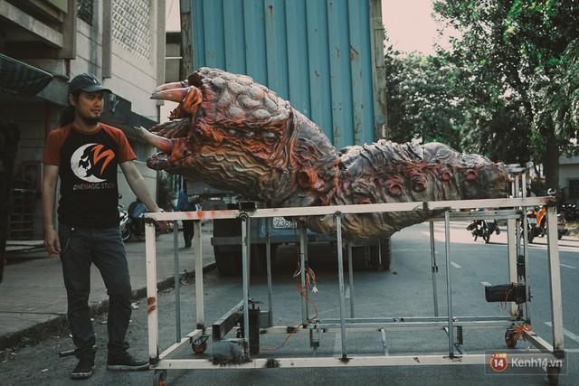 Ghé thăm lò chế tạo mô hình quái vật kinh dị như trong phim Hollywood của nhóm bạn trẻ ở Sài Gòn - Ảnh 17.