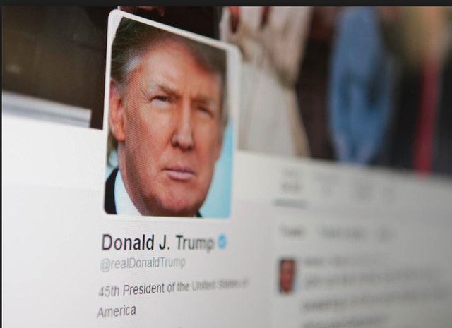 Toà án tuyên bố Tổng thống Trump không được phép block người dùng trên Twitter - Ảnh 1.