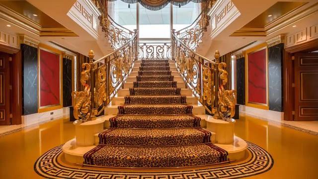 Đằng sau xa hoa dát vàng, là 7 sự thật không thể ngờ về thiên đường Dubai - Ảnh 3.