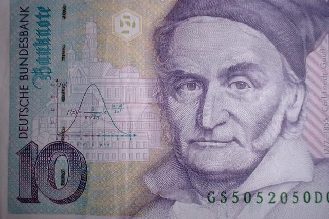 Ông vua toán học người Đức: Tôi học tính trước khi học nói! - Ảnh 5.