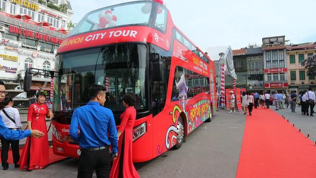 Chi 650.000 đồng đi xe buýt 2 tầng vừa ra mắt, khách hưởng dịch vụ gì? - Ảnh 2.