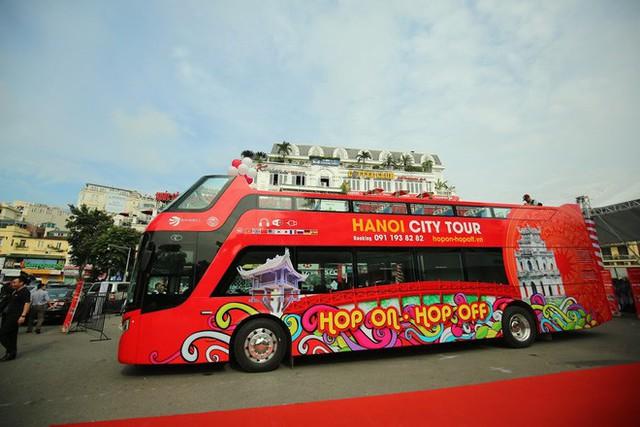 Chi 650.000 đồng đi xe buýt 2 tầng vừa ra mắt, khách hưởng dịch vụ gì? - Ảnh 3.