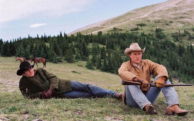 Dành cho mùa hè này: Top 7 bộ phim kinh điển mọi thập kỉ xua tan nắng nóng - Ảnh 4.
