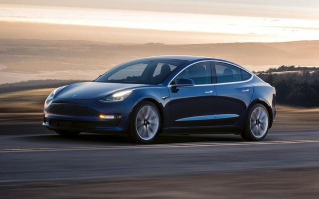 Xe điện Model 3 lập kỷ lục đi được 970 km sau một lần sạc, gần gấp đôi so với số liệu mà Tesla đưa ra - Ảnh 1.