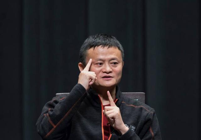 """Bị Tổng thống Trump """"cấm vận"""", Jack Ma mua hẳn cả một nhà máy để """"thay thế"""" chỉ sau 4 ngày - Ảnh 2."""