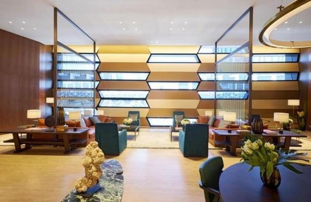 Khám phá cửa hàng Rolex lớn nhất thế giới ở Dubai - Ảnh 2.