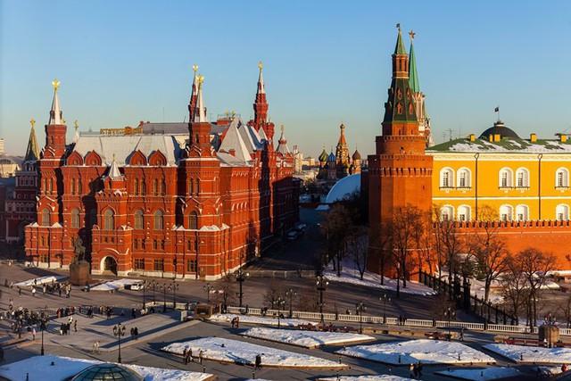 Khám phá ngay vẻ đẹp như tranh của 11 thành phố Nga sẽ tổ chức đá World Cup năm nay! - Ảnh 2.